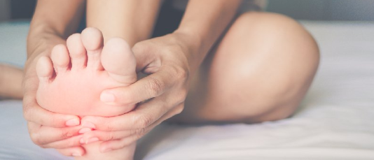 How To Avoid Athlete's Foot & Prevent It From Spreading