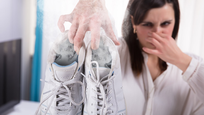 How To Clean & Wash Smelly Trainers To Get Smell Out